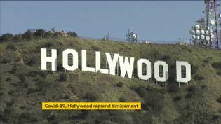 Aux États-Unis, à Hollywood, les studios n'ont pas encore complètement rouvert leurs portes. Producteurs et acteurs ont certes recommencé à tourner des films, mais c'est le plus souvent à l'étranger. (FRANCEINFO)