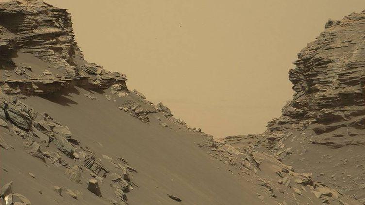 L'une des images de Mars prises par le robot Curiosity, publiée le 9 septembre 2016 par la Nasa. (NASA / AFP)