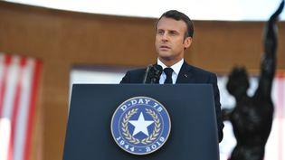 Emmanuel Macron, le 6 juin 2019 à Collevielle-sur-Mer (Calvados). (MANDEL NGAN / AFP)