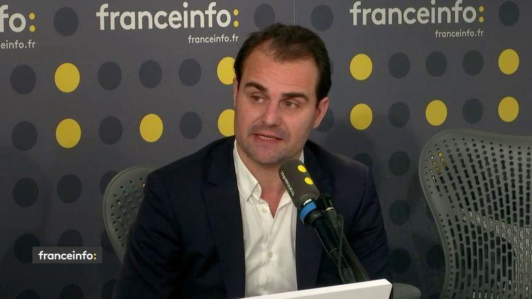 Jerôme Cazadieu, directeur de la rédaction du journal L'Équipe (capture écran). (FRANCEINFO / RADIOFRANCE)