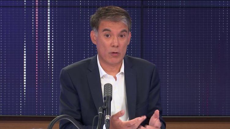 """Olivier Faure,premier secrétaire du Parti socialiste,était l'invité du """"8h30 franceinfo"""", jeudi 3 septembre 2020. (FRANCEINFO / RADIOFRANCE)"""