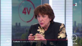 La ministre de la Culture, Roselyne Bachelot, sur France 2, le 10 février 2021. (FRANCE 2)