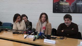 La famille de Cédric Chouviat lors d'une conférence de presse à Paris, le 7 janvier 2020. (MAXPPP)