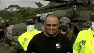 """C'est un énorme coup réalisé par les autorités colombiennes dans la lutte contre le trafic de drogues. """"Otoniel"""", le plus grand trafiquant de drogues du pays, a été arrêté. (France 2)"""