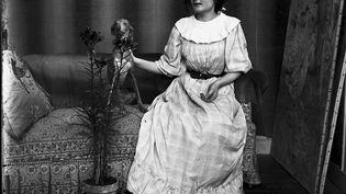 Edouard Manet, auteur du déjeuner sur l'herbe est connu du grand public. Mais peut-on en dire autant de Julie Manet, sa nièce. Une exposition lui est consacrée jusqu'au 20 mars au musée Marmottan à Paris. Julie Manet n'était pas une artiste, elle fut modèle avant de devenir collectionneuse. (CAPTURE ECRAN FRANCE 2)