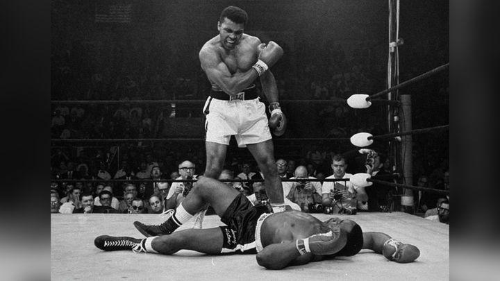 (25 mai 1965, Mohamed Ali-Sonny Liston à Lewistone (Maine). © John Rooney/AP/SIPA)