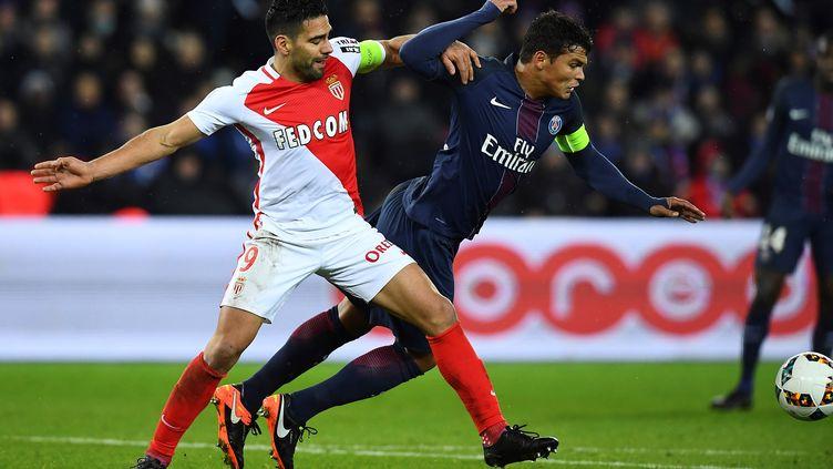 Paris et Monaco se retrouveront le 1er avril en finale de la Coupe de la Ligue (FRANCK FIFE / AFP)