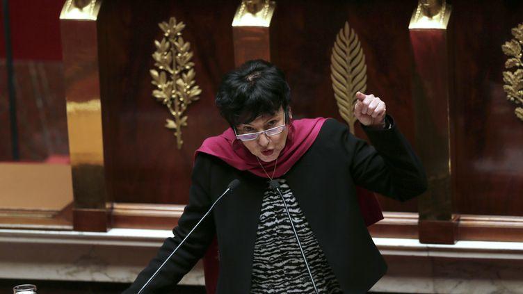 La ministre déléguée à la Famille, Dominique Bertinotti, le 29 janvier 2013 à la tribune de l'Assemblée nationale (Paris), pour la première journée de débat sur le mariage pour tous. (JACQUES DEMARTHON / AFP)