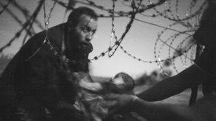Des réfugiés à la frontières hongroise, World Press Photo 2016  (Warren Richardson / WORLD PRESS PHOTO / AFP)