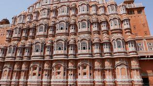Le palais des vents, bâtiment construit au XVIIIesiècle à Jaipur, considéré comme l'une des merveilles de l'architecture rajput. (Photo Emmanuel Langlois)