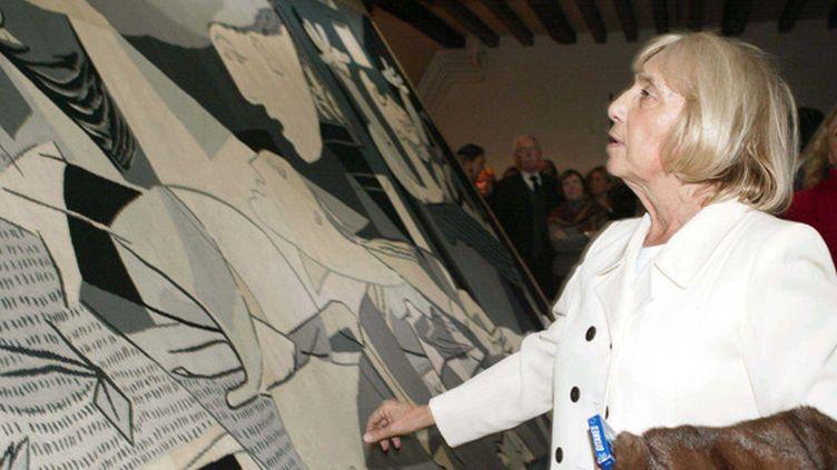 Maya Picasso et Guernica lors d'une exposition consacrée à l'oeuvre de son père  (NIVIERE/SIPA)