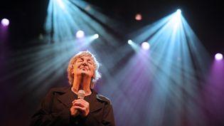 Jacques Higelin, le 20 mars 2010 à Paris. (LIONEL BONAVENTURE / AFP)