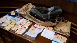 """Le siège autoprésenté aux assises de Corrèze, le 12 novembre 2018,lors du procès de la mère de Serena, """"le bébé du coffre"""". (JEAN-PHILIPPE DENIAU / RADIO FRANCE)"""