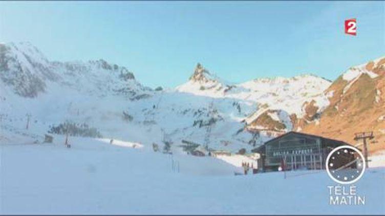 La neige manque dans certaines stations de ski. (FRANCE 2)