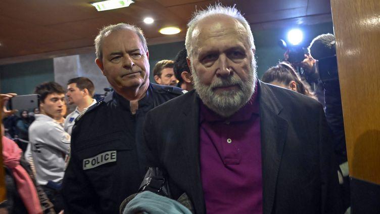 Bernard Preynat à l'ouverture de son procès pour agressions sexuelles sur mineurs, le 13 janvier 2020, au tribunal correctionnel de Lyon (Rhône). (MAXPPP)