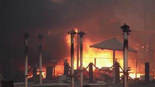 Turquie : le pays en proie aux flammes, des zones touristiques évacuées (France 2)