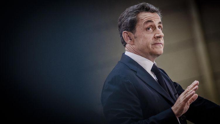 L'ancien chef de l'Etat Nicolas Sarkozy, lors d'un meeting pour la présidence de l'UMP, le 25 septembre 2014 à Lambersart (Nord). (MAXPPP)