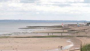 Climat : les plages du Calvados gagnées par la mer. (FRANCE 3)