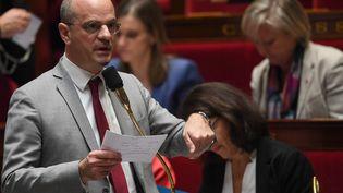 Le ministre de l'Éducation nationale, Jean-Michel Blanquer, lors d'une session de questions au gouvernement, le 6 février 2019, à l'Assemblée nationale. (CHRISTOPHE ARCHAMBAULT / AFP)