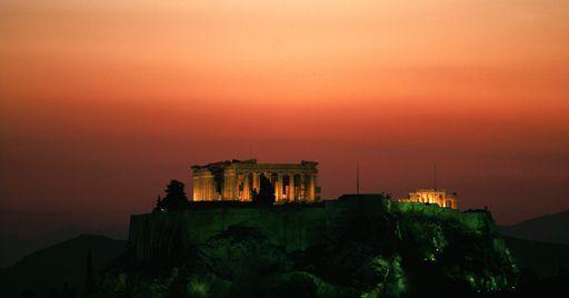 L'Acropole d'Athènes au coucher du soleil le 11 mai 2007 (REUTERS - Yannis Behrakis)