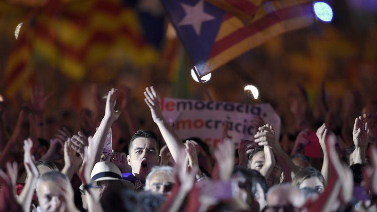 Un meeting de Catalans pro-indépendance. (LLUIS GENE / AFP)