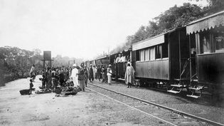 Train dans la Côte d'Ivoire coloniale (photo non datée). (AFP FILES)