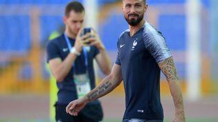 Olivier Giroud participe à un entraînement de l'équipe de France, le 29 juin 2018, à Kazan (Russie). (SPUTNIK / AFP)