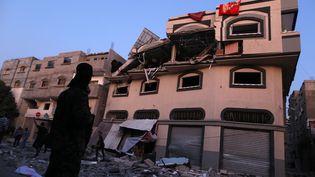 L'armée israélienne a frappé le domicile d'un commandant du Jihad islamique,groupe militant palestinien, dans la bande de Gaza, le 12 novembre 2019. (MAJDI FATHI / NURPHOTO / AFP)