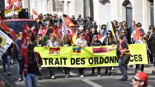 Alors que la grognecontre la réforme du Code du travail se poursuit, ici à Nantes le 21 septembre, le gouvernement présentera le 25 septembre son programme sur la formation professionnelle (illustration). (MAXPPP)