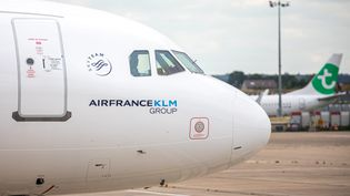 La crise sanitaire a fait émerger quelques tensions entre France et Pays-Bas dans l'alliance Air France - KLM. Photo d'illustration. (CHRISTOPHE MORIN / MAXPPP)