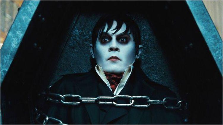 """Johnny Depp dans """"Dark Shadows"""", en salle le 9 mai 2012. (WARNER BROS)"""