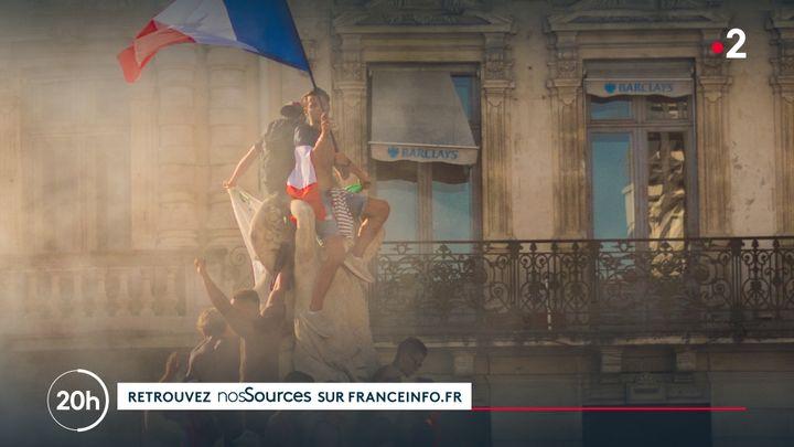 Exemple de renvoi vers nosSources sur franceinfo.fr, au sein d'un sujet de JT (FRANCE TELEVISIONS)