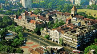 Ensemble victorien et Art déco de Mumbai : une vue aérienne du paysage urbain de Kala Ghoda  (Jehangir Sorabjee/Abha Narain Lambah Associates)