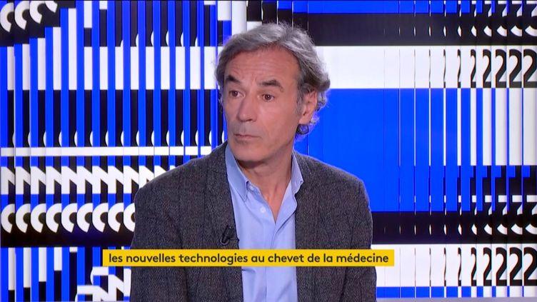 Le Dr Fabien Guez (FRANCEINFO)