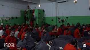 """""""Envoyé spécial"""" a pu visiter une prison de jihadistes au Kurdistan syrien (ENVOYÉ SPÉCIAL  / FRANCE 2)"""