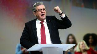 Jean-Luc Mélenchon lors de son discours à Reims (Marne) le 17 octobre 2021 (FRANCOIS NASCIMBENI / AFP)