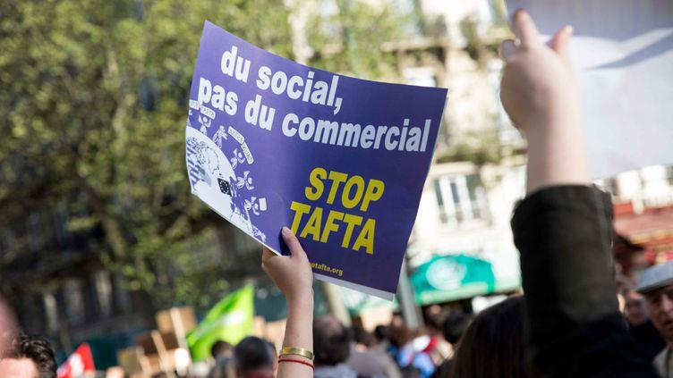(Paris le 18 avril 2015. Journée internationale d'action anti TAFTA © IP3 PRESS/MAXPPP)