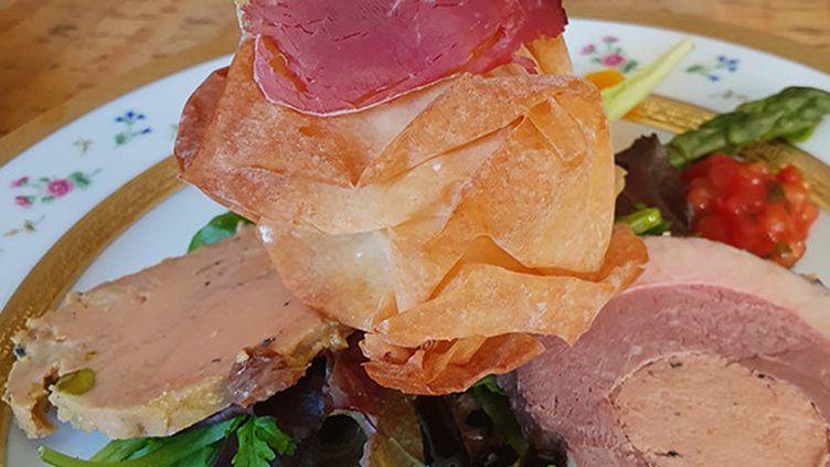 Foie gras et produits des palmipèdes préparés par le chef Thierry Nadiras, à Brive. (MON TRAITEUR 19-46)