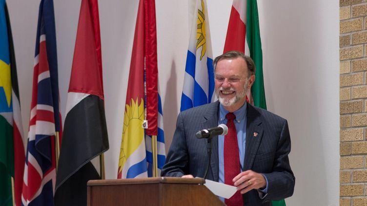 Tibor P. Nagy lors de la réception organisée à l'université Texas Tech (Etats-Unis) à l'occasion de son départ à la retraite (image publiée le 4 janvier 2018).   (TTU Office of International Affairs)