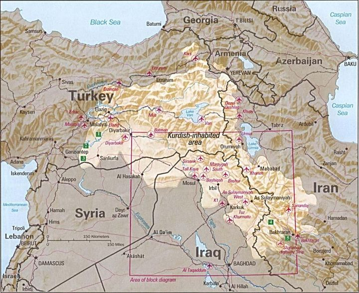Cette carte de 1992 réalisée par la CIA montre les zones occupées par les Kurdes. Elles sont à cheval sur la Turquie, la Syrie, l'Irak et l'Iran. (CIA / WIKIMEDIA COMMONS)
