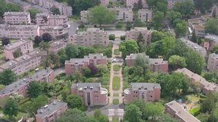 Logement : le projet de reconstruction de la cité-jardin deChâtenay-Malabrydivise (France 3)