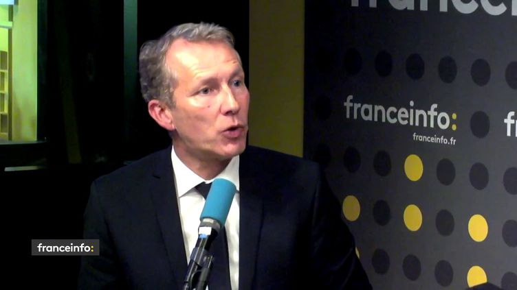 Le député socialiste de Mayenne était l'invité de franceinfo mercredi 23 octobre. (FRANCEINFO / RADIOFRANCE)