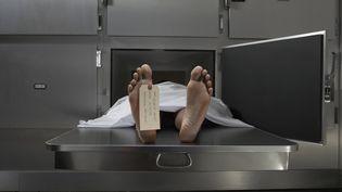 Unefemme encore en vie a été retrouvée dans le réfrigérateur d'une morgue. (DARRIN KLIMEK / DIGITAL VISION / GETTY IMAGES)