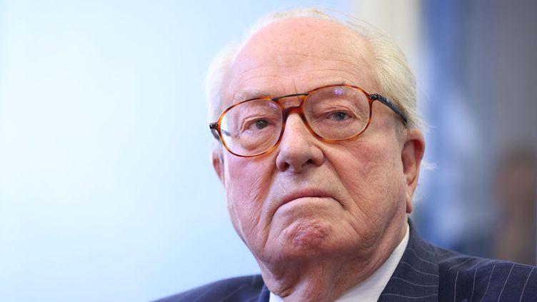 Le président d'honneur du Front national, Jean-Marie Le Pen, le 15 mai 2014, à Vineuil (Loir-et-Cher) (MAXPPP)