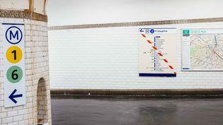La ligne 2 du métro parisien, le 5 décembre 2019. (MATHIEU MENARD / HANS LUCAS / AFP)