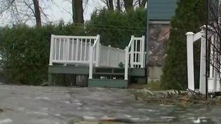 De grosses inondations ont frappé le Canada ces derniers jours. Les villes d'Ottawa et Montréal ont décrété l'état d'urgence. Le pays s'inquiète des pluies diluviennes encore annoncées pour ce week-end. (CAPTURE ECRAN FRANCE 2)