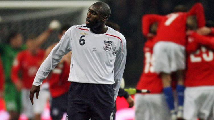 Le défenseur Sol Campbell sous le maillot de l'Angleterre en 2007