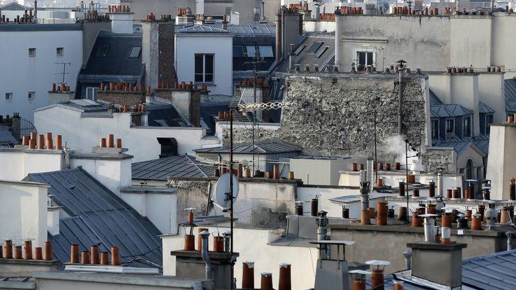 Vue sur les toits à Paris, le 6 février 2015. (VINCENT ISORE / MAXPPP)