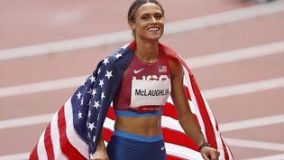Sydney McLaughlin après sa victoire sur le 400 m haies, le 4 août à Tokyo. (PHOTO KISHIMOTO / PHOTO KISHIMOTO / DPPI via AFP)