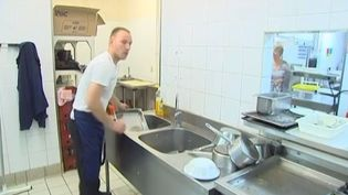 Plus de 8000 emplois saisonniers sont proposés cet été sur la côte d'Opale. (FRANCE 3 / FRANCETV INFO)